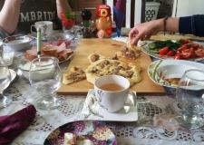 Na kosilu v domači kuhinji – vas Seltü (3)